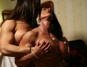 Bodybuilders Roxie Rain and Lynn McCrossin can't get enough of each other in the bedroom. It's girl/girl muscle worship, and what beautiful, completely nude, vascular muscle it is! Big biceps, great glutes, hot legs, lots of licking and stroking. They're touching in every photo, and you're right there.